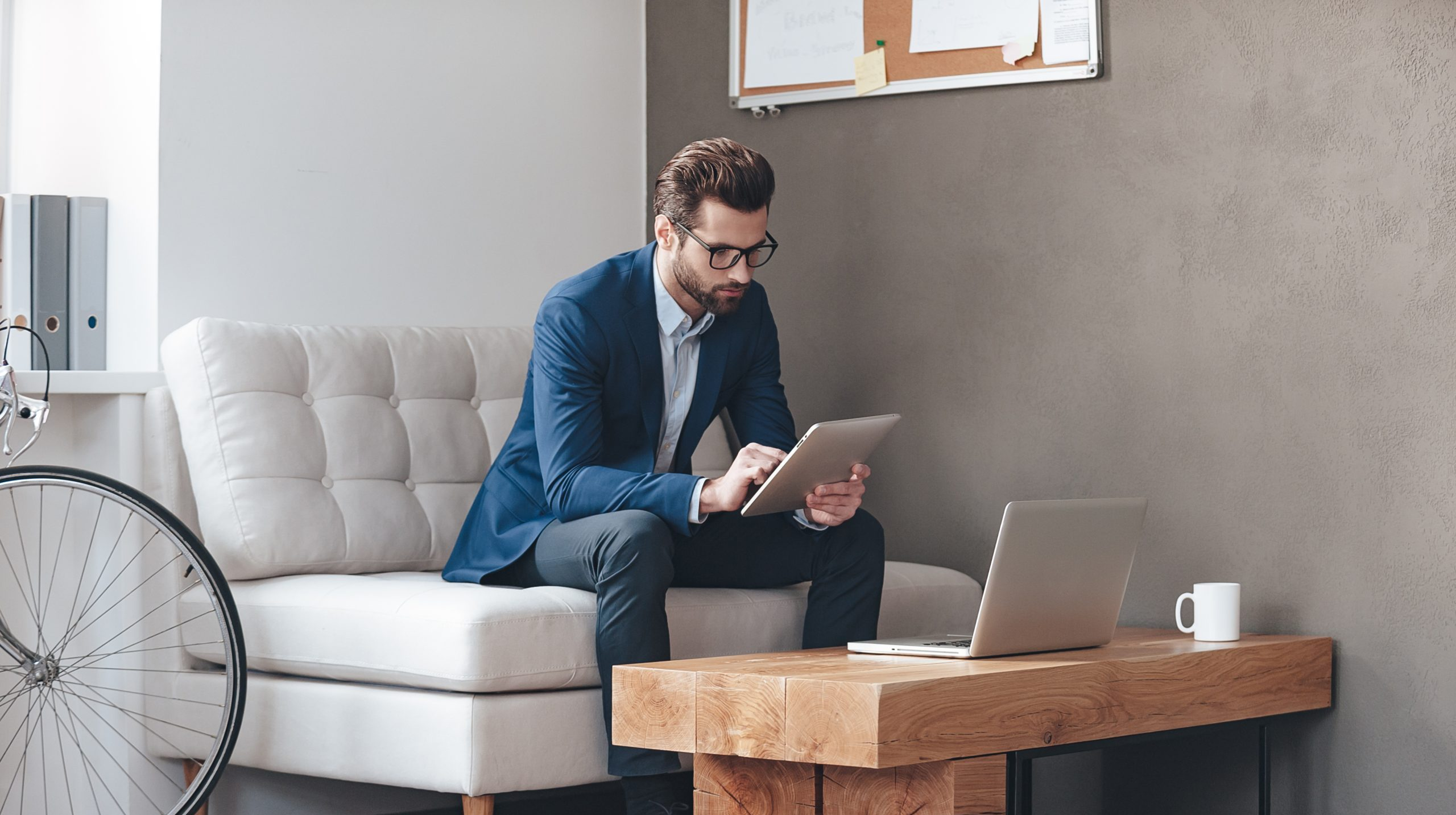 Work From Home: 10 Tips To Deliver Effective Online Presentation